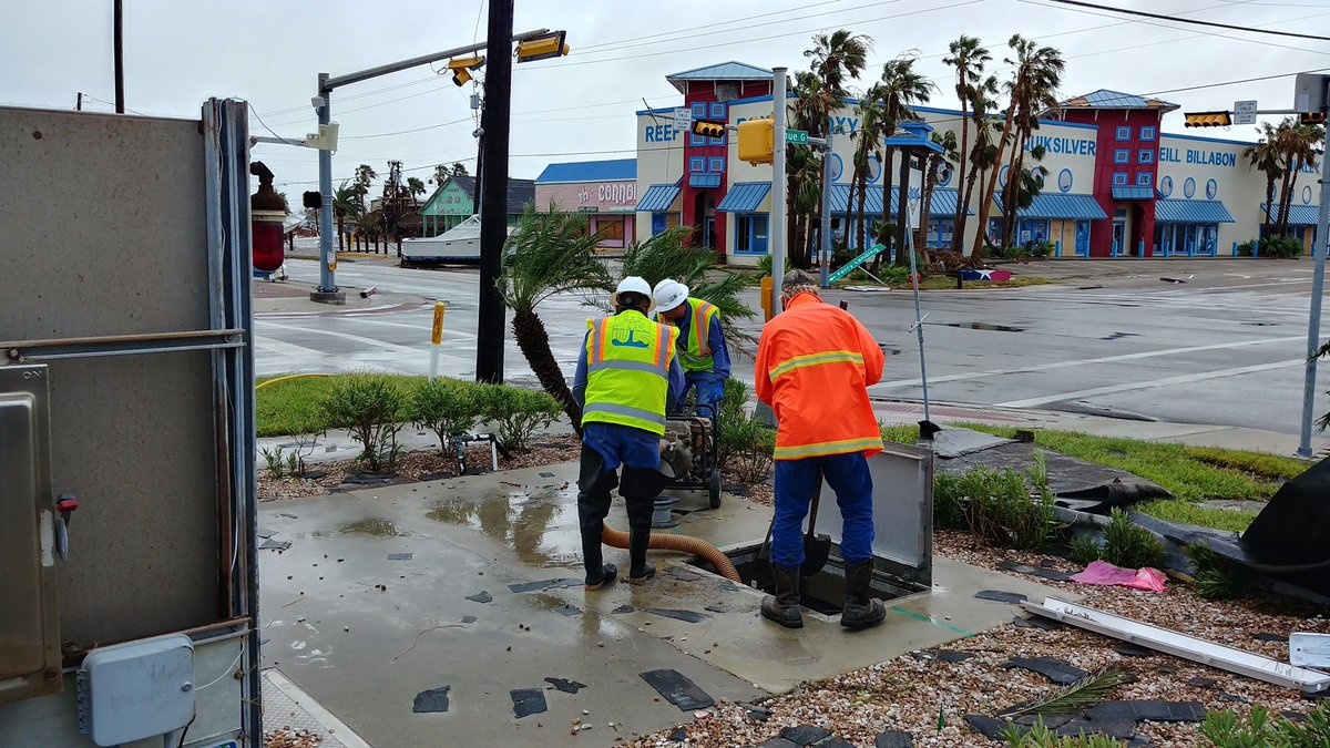 "SUCCESS: ""SAWS restores water to #PortAransas"" https://t.co/PRmcJQAqNa @mysa #txwater #infrastructure #satx #Harvey https://t.co/L47OG5a5Fa"