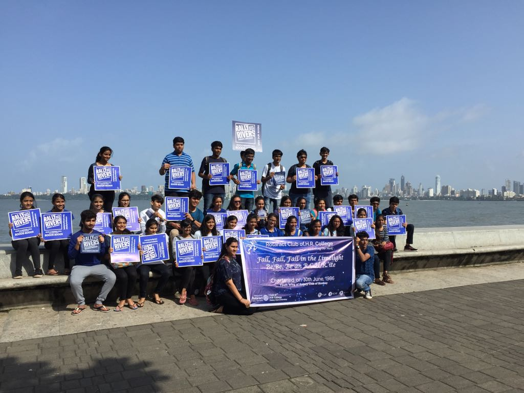Rally For Rivers On Twitter Youth In Mumbai Went To Marine Drive