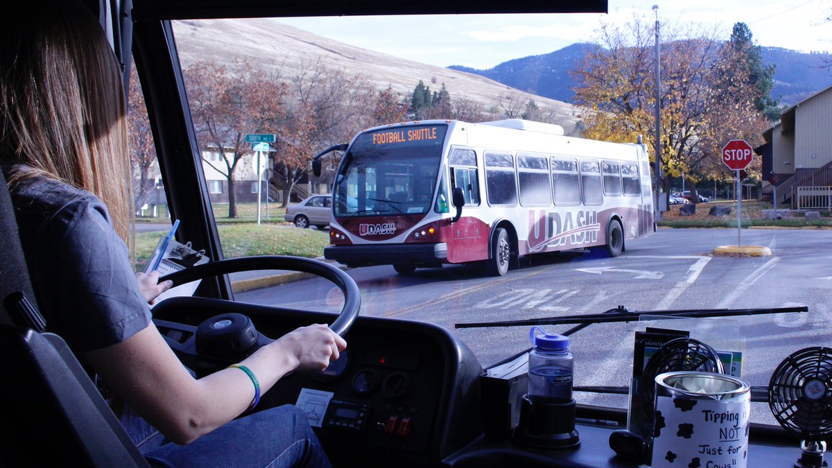 The #UDASH Football Shuttle starts at 10:30. Free, convenient bus service to @UMGRIZZLIES game at @umontana. Info: http://UDASH.org/football