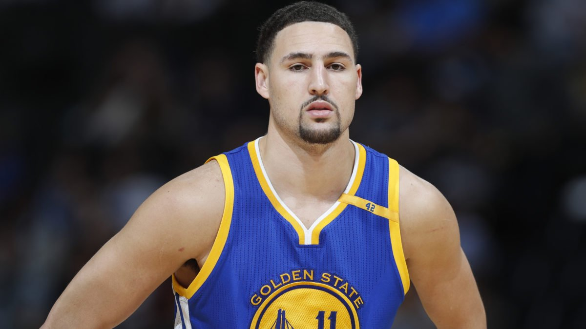 People think this California bank robber looks exactly like Klay Thompson
