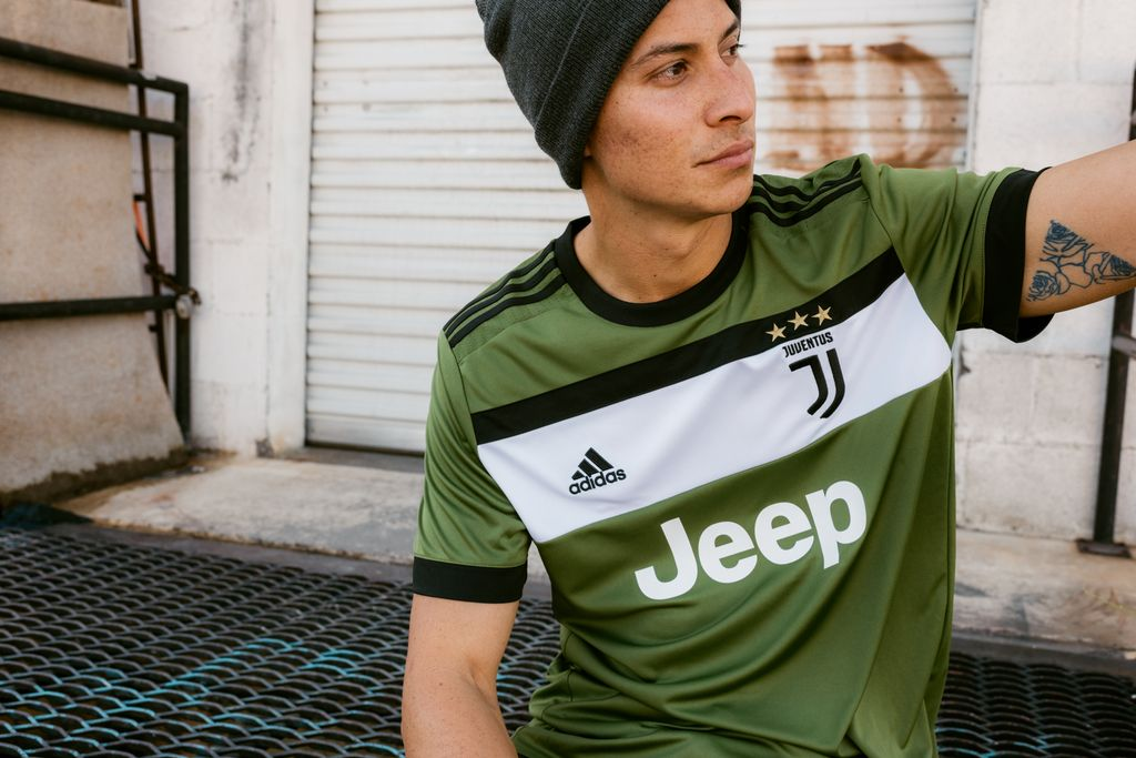 world soccer shop on twitter the 17 18 juventus 3rd jersey is now available https t co ehpf84lxnq juve seriea ucl forzajuve twitter