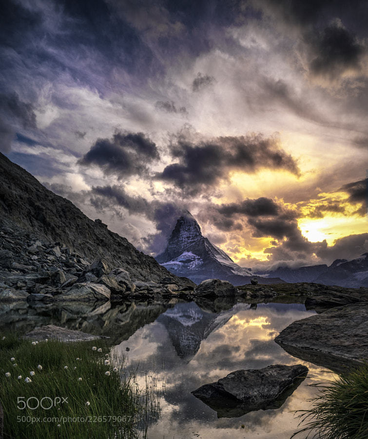 Popular #photography on #500px : The Matterhorn is so famous that one simply must p ... by tpoulton001 https://t.co/JbjibuDuWE