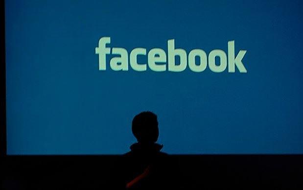 @facebook  supprime 1 million de #Comptes  par jour !  http://www. arobasenet.com/2017/08/facebo ok-supprime-1-million-comptes-jour-4072.html &nbsp; …  Via : @arobasenet<br>http://pic.twitter.com/Puwz5IW5yy