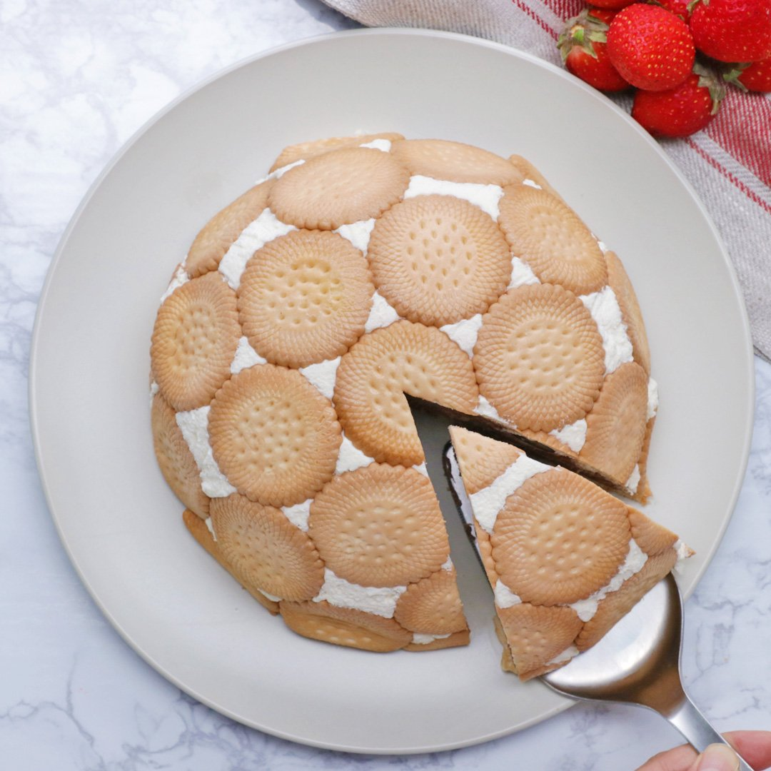 ボウルで簡単♪ ビスケットドームケーキ #tastyjapan