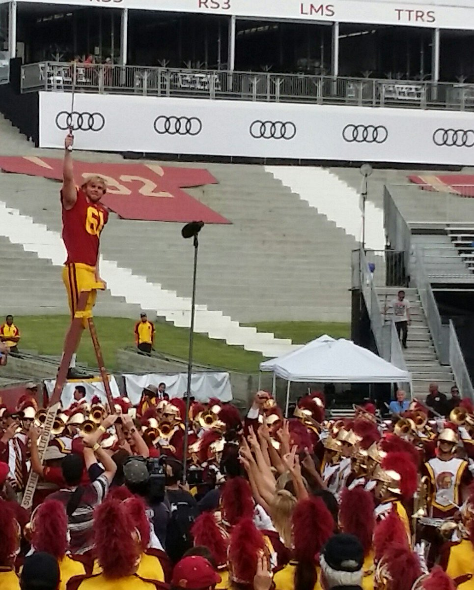 Jake Olsen leading the @USCTMB. Hard not to get choked up. @PeteCarroll would love this moment. #USC #FightOn ✌ https://t.co/xALtKvn0yB