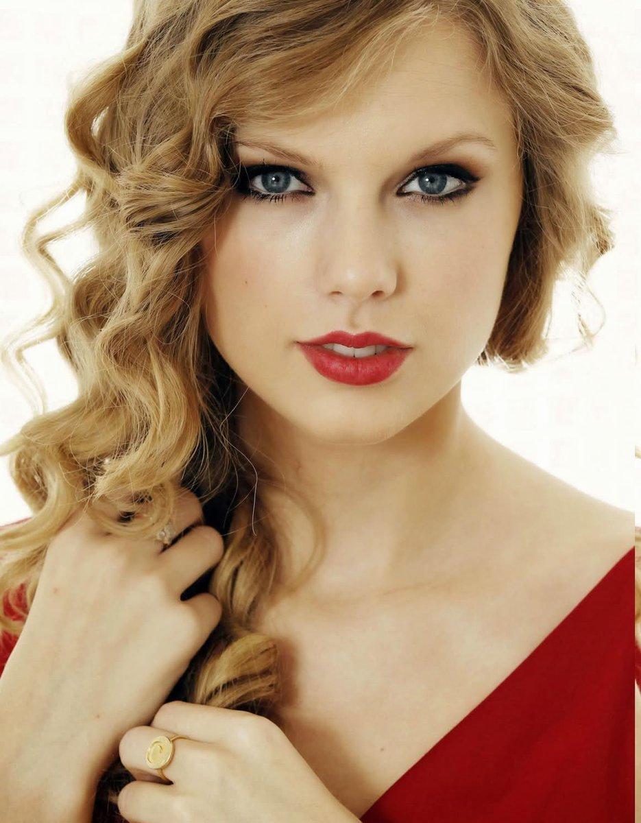 Dunne Frisur On Twitter Taylor Swift Frisur Und Haarschnitt