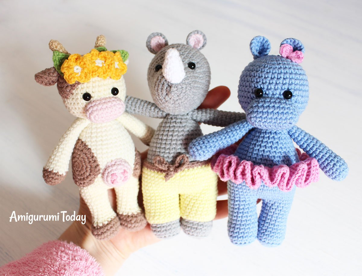 Cuddle Me Hippo amigurumi pattern - Amigurumi Today | 916x1200