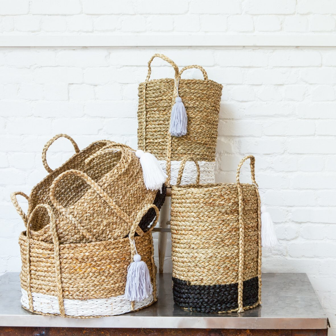 Busy and exciting week ahead configuring shop displays. We love these baskets. #itsallinthedetail #upsidedowndesign #shoplaunch #nextweek!<br>http://pic.twitter.com/KrH6UQpOPF