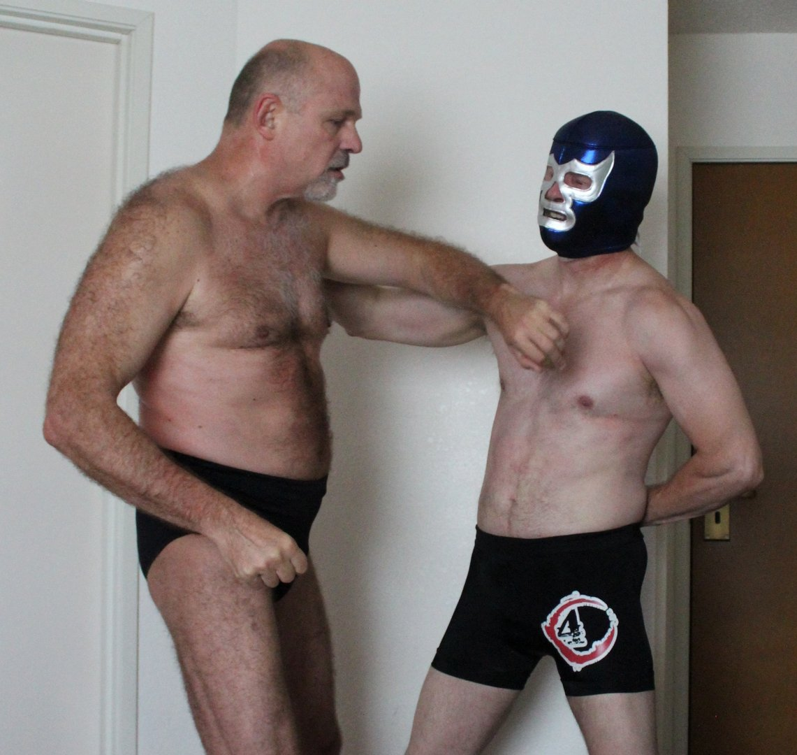 My pec punch buddy from  http:// GlobalFight.com  &nbsp;   #tennessee #pec #punching #gut #pounding #bearcub #silverdaddy #mens #hairy #legs #chest #tn<br>http://pic.twitter.com/A9i45FP6qd