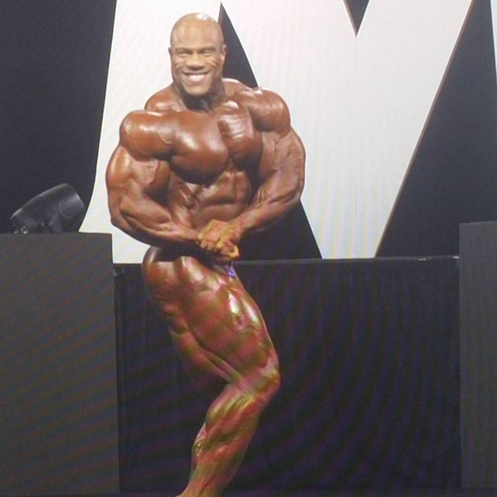 Easy win for the champion.  Mr Olympia 2017.  #mrolympia #olympia2017 #expo #bodybuilding #bodybuildingdotcom #philheath #tommorow #win #wi…<br>http://pic.twitter.com/qD7rIxKn66
