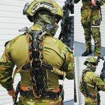 オーストラリア軍がテスト中のカナダ製エクソスケルトン pic.twitter.com/yCj9lCy…