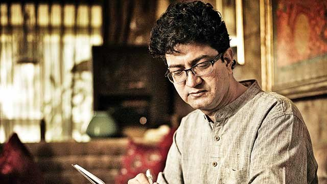 Happy Birthday Prasoon Joshi: 12 Outstanding songs penned by the CBFC Chief!