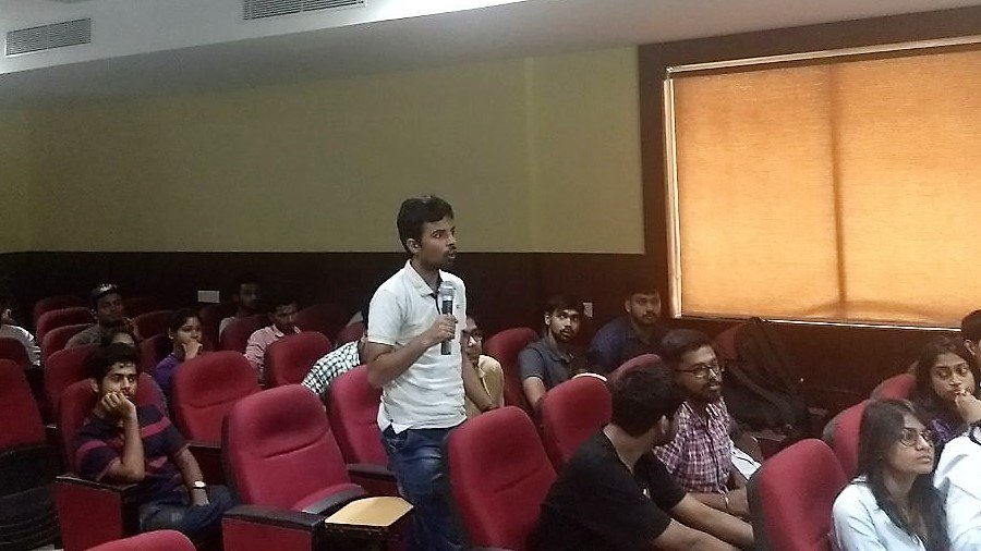 Ongoing interactive conversations with the students in .@KIITUniversity #technology #science #interactions #KPITSparkle <br>http://pic.twitter.com/eSjtJAp5f9