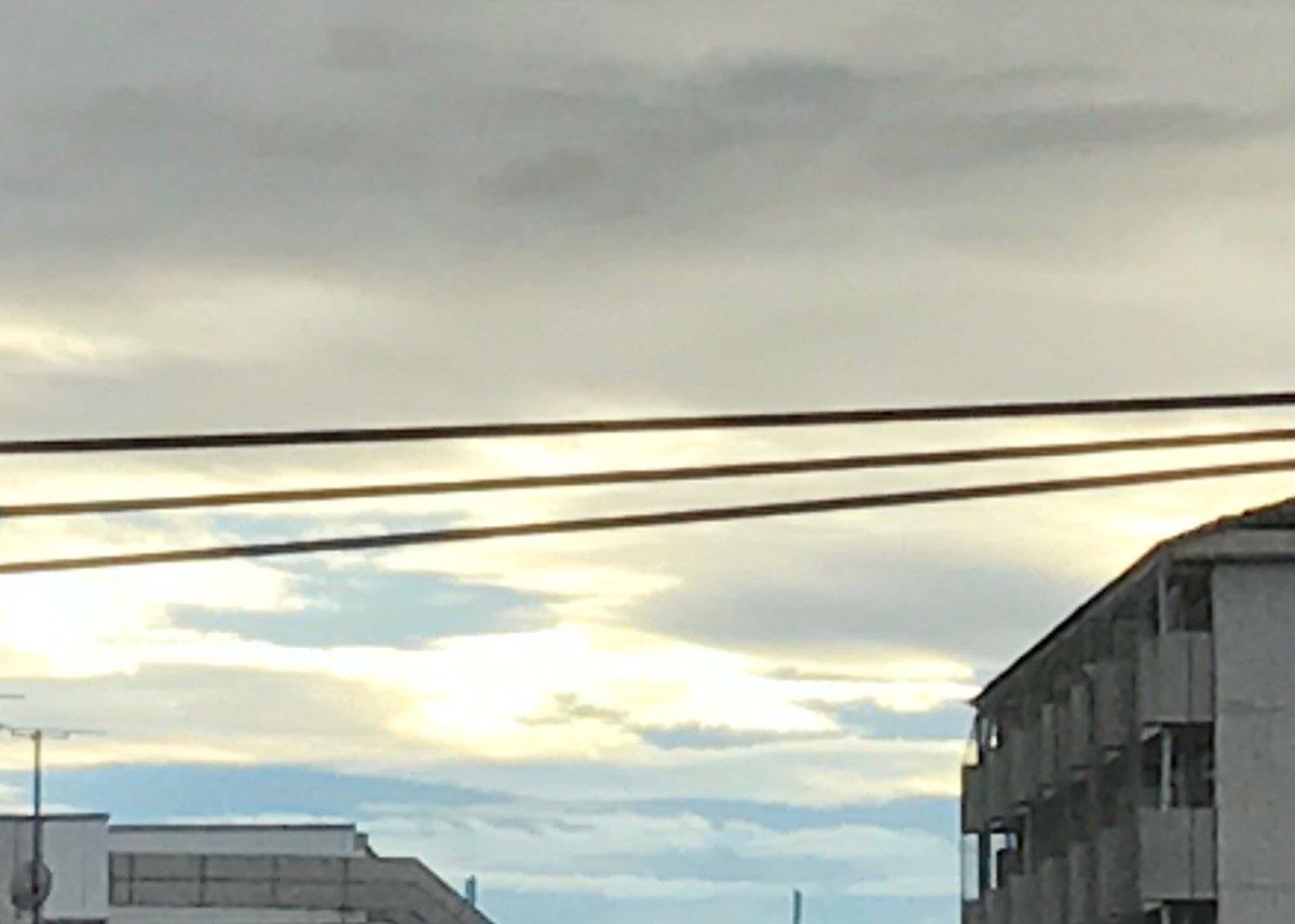現在の熊本市内は少し晴れ間が見えていますが、油断は大敵です。急激に雨や風が強くなることが予想され、特…