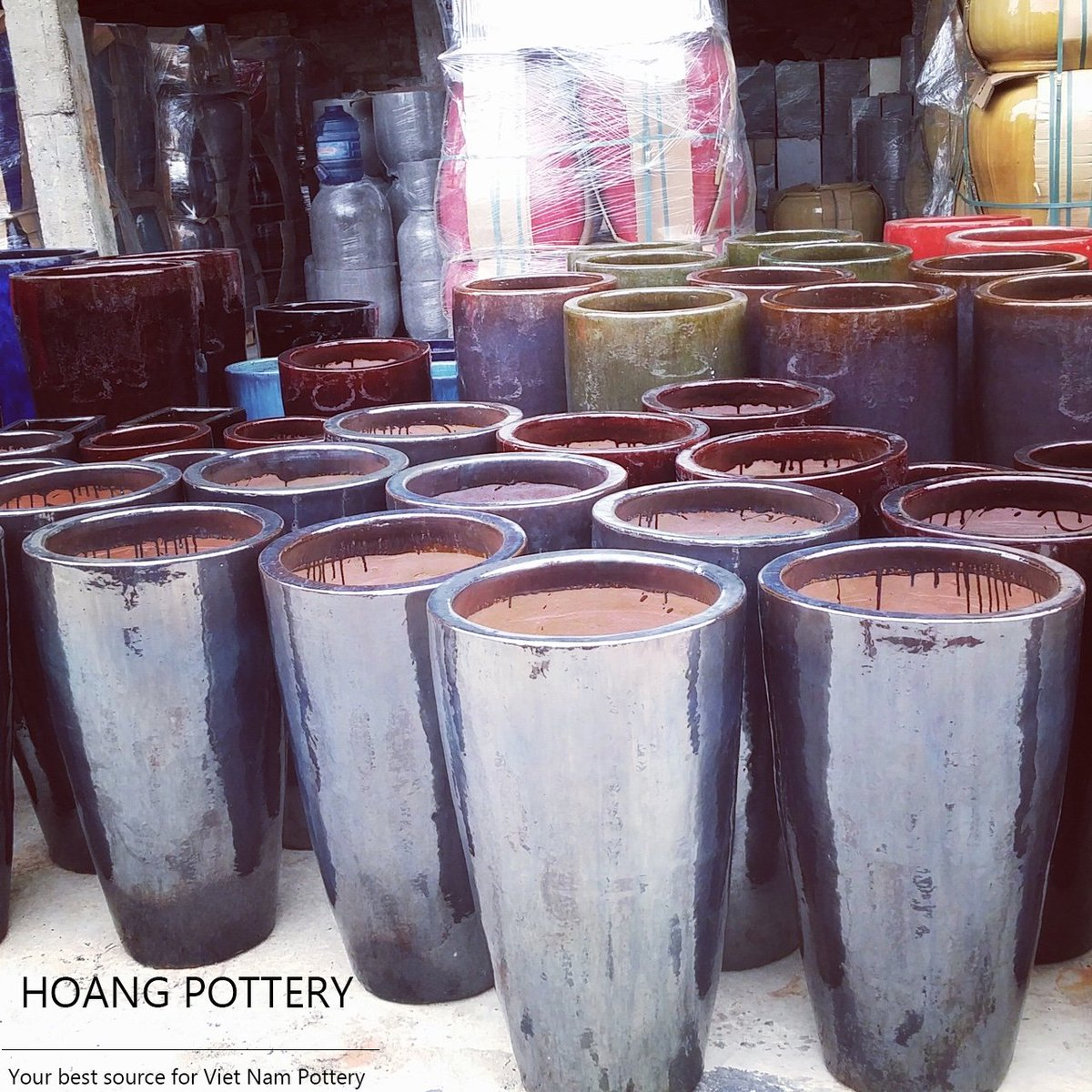 These #planters really make customers #pleased with their #simple, #modern and #elegant looks. #vietnam #pottery #ceramic #glaze #handmade<br>http://pic.twitter.com/cNs0hFyrtV