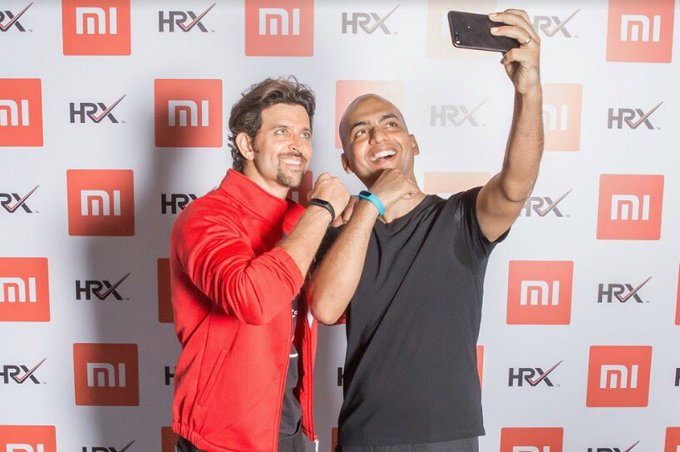 👊Step up your fitness game with the cool new Mi Band - HRX Edition, in partnership with @XiaomiIndia @hrxbrand #KeepGoing https://t.co/IyukSq3XJv