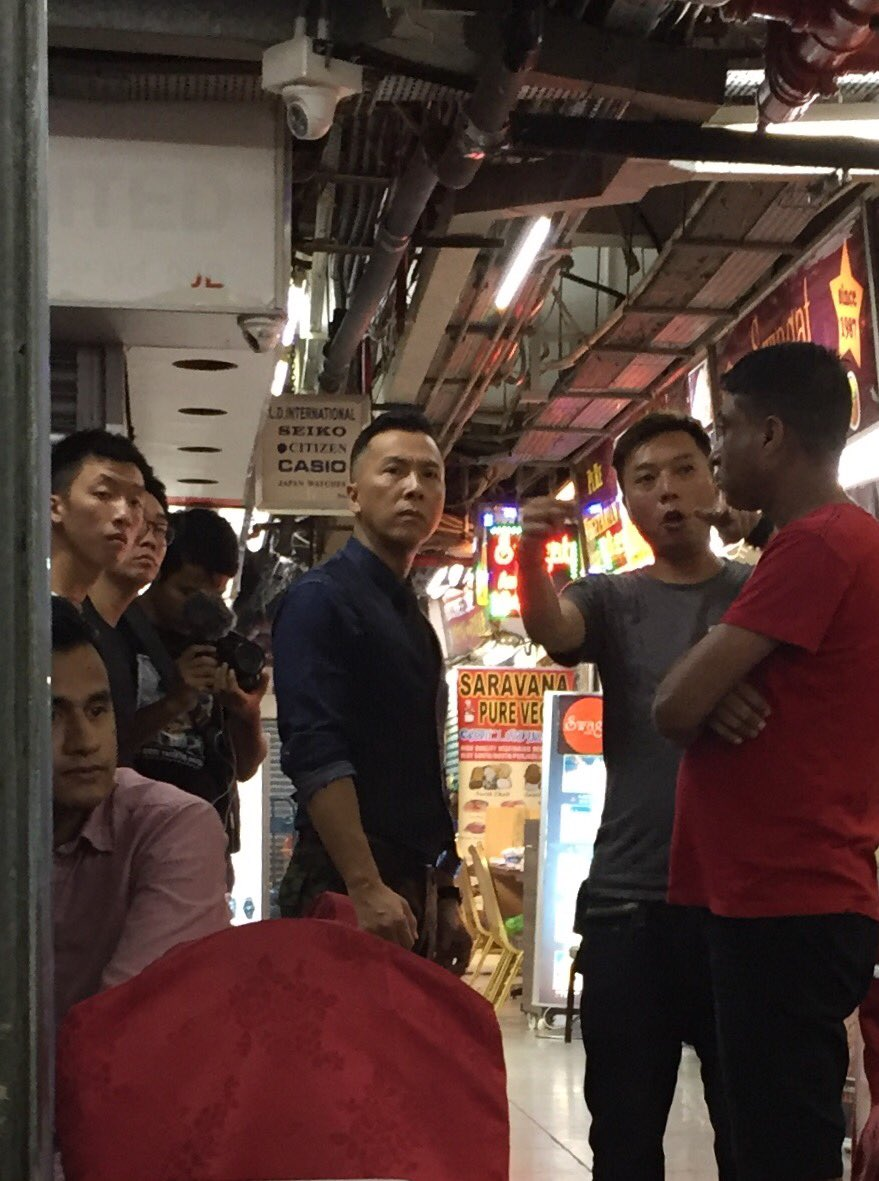 Waiting for my curry in Chungking Mansions when Donnie Yen appeared looking like he was ready for a fight. https://t.co/wkX8iqdtA6
