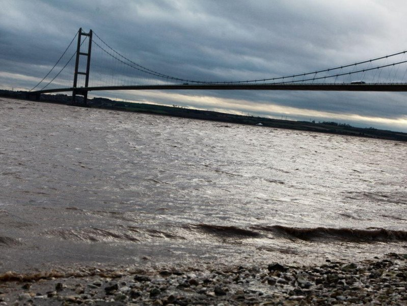 Lifeboat coxswain: 'Suicide barriers are needed on the Humber Bridge' https://t.co/qmRIoACxkm