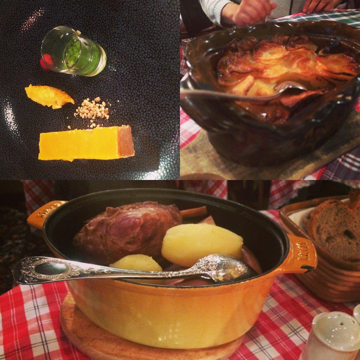 ALSACE #repas #specialites #alsace @Alsace #Vacances #copains<br>http://pic.twitter.com/bEAQYY2vpK