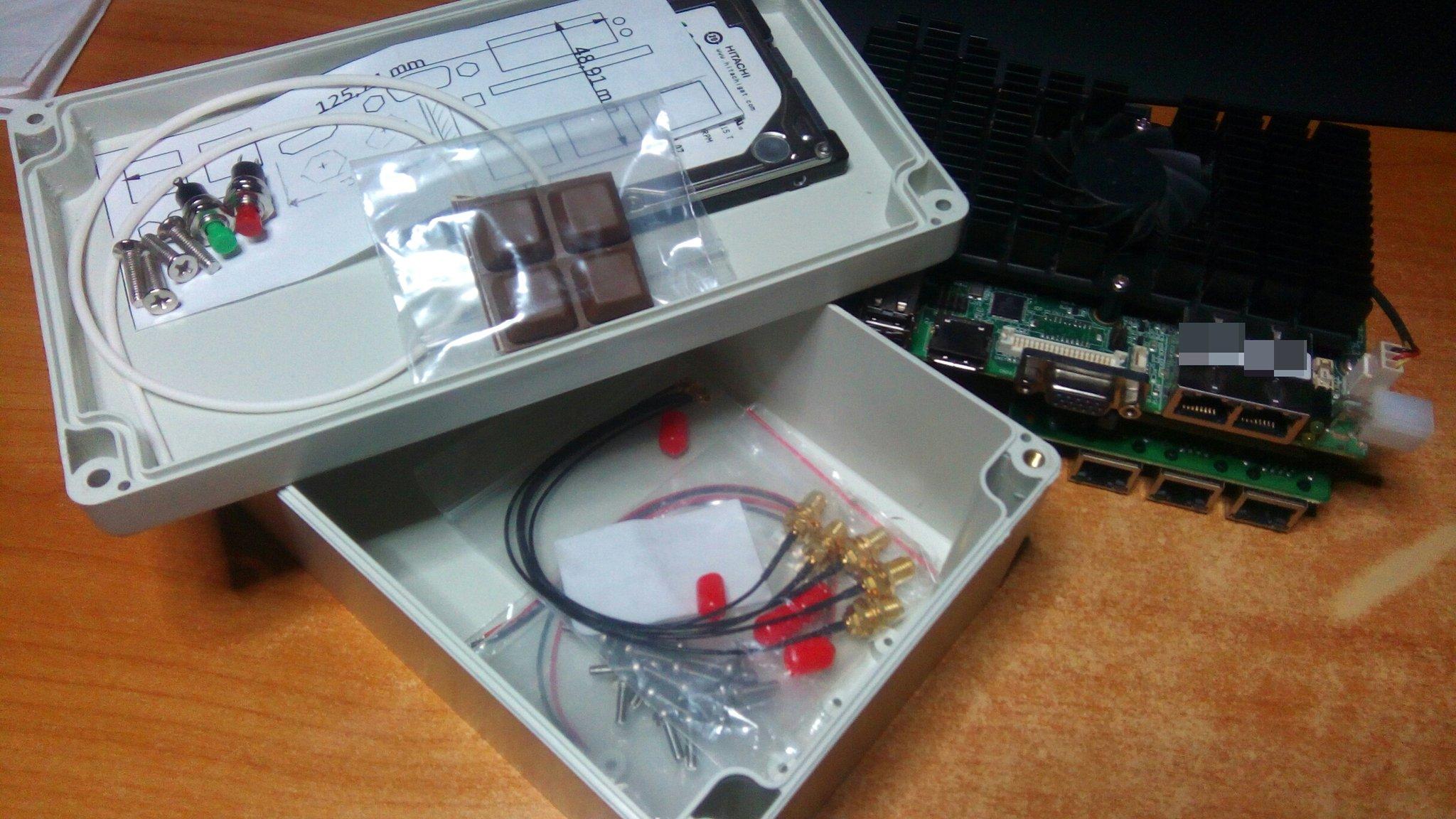 EMI shielding a plastic DIY electronics box (Al foil) - Page 1