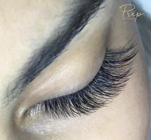 Looking eyelash extensions