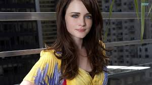 Happy Birthday to the one and only Alexis Bledel!!!