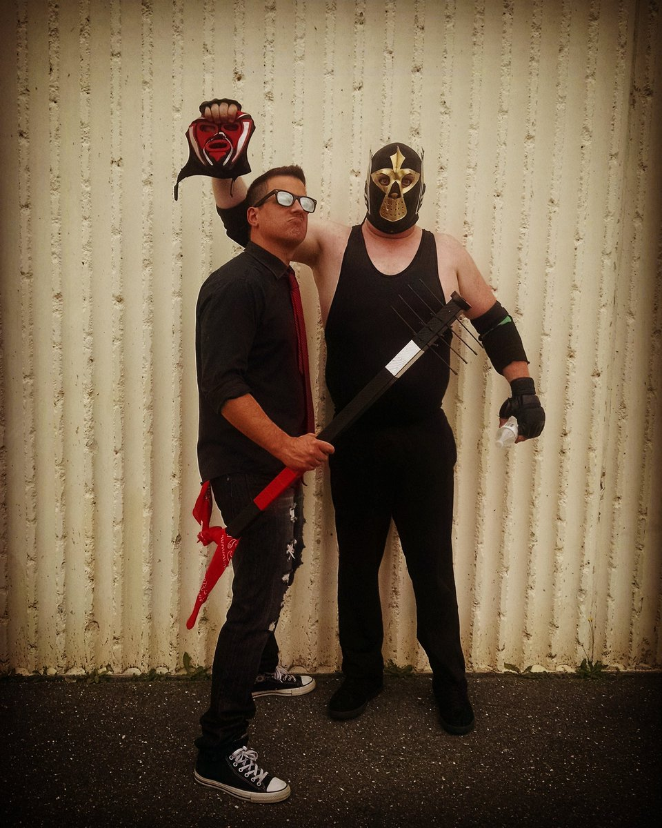 #TheCollosalHitman &amp; @SeriousBrad Are Here To Stay! @AWEAVALANCHE...#TimeForASeriousAdjustment #SupportIndyWrestling  #AWE #Distortion<br>http://pic.twitter.com/FSJjTTYHRv