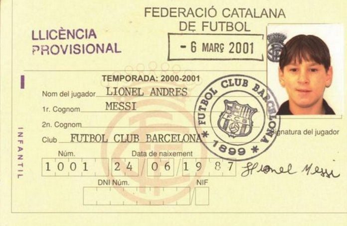ON THIS DAY: In 2000, Lionel Messi arrived at Barcelona.   590 games 🏃 515 goals ⚽️ 195 assists 🅰️  This is the ID card he received.