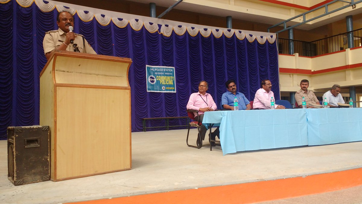 held a awarenes program to all SchoolTeachers on children safety measures#HALps limits @CPBlr @BlrCityPolice @dcpwhitefield @SadiqPi @blrcp