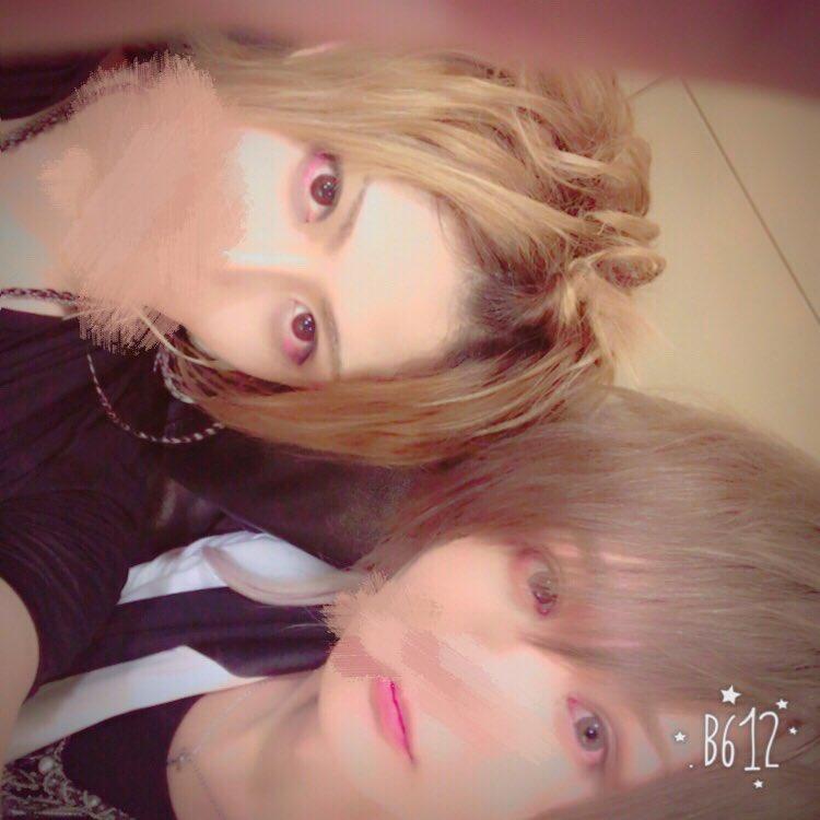 XYZ名古屋ありがとうございました!!!すごく緊張した!!!!(o´罒`o)  1枚目まふまふとるす…
