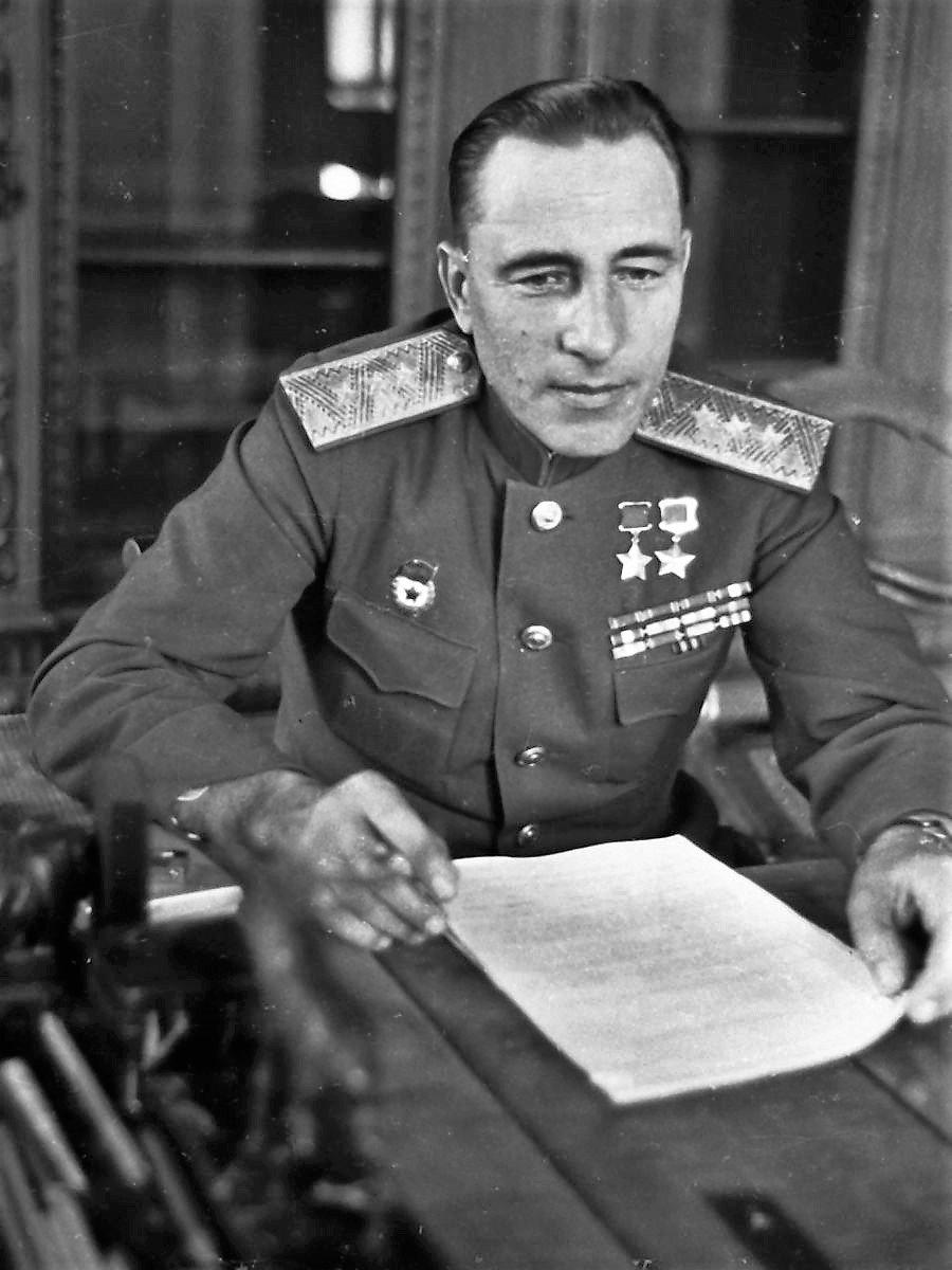 Фото маршала бронетанковых войск катукова
