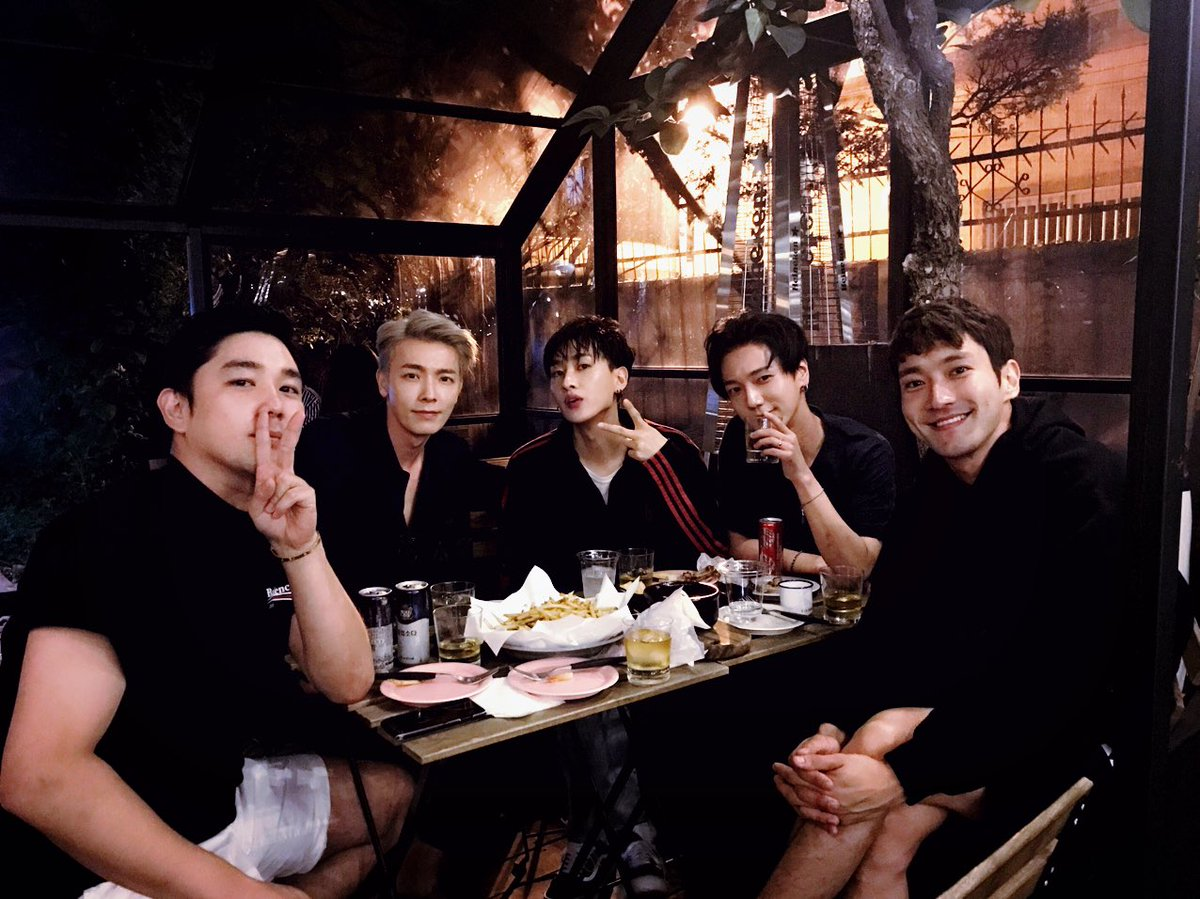Long time no see 🍖 #superjunior