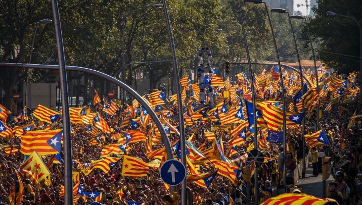 What happens if #Catalonia votes for independence? https://t.co/gcSgBiQKM2 https://t.co/XhZs9xRbEO
