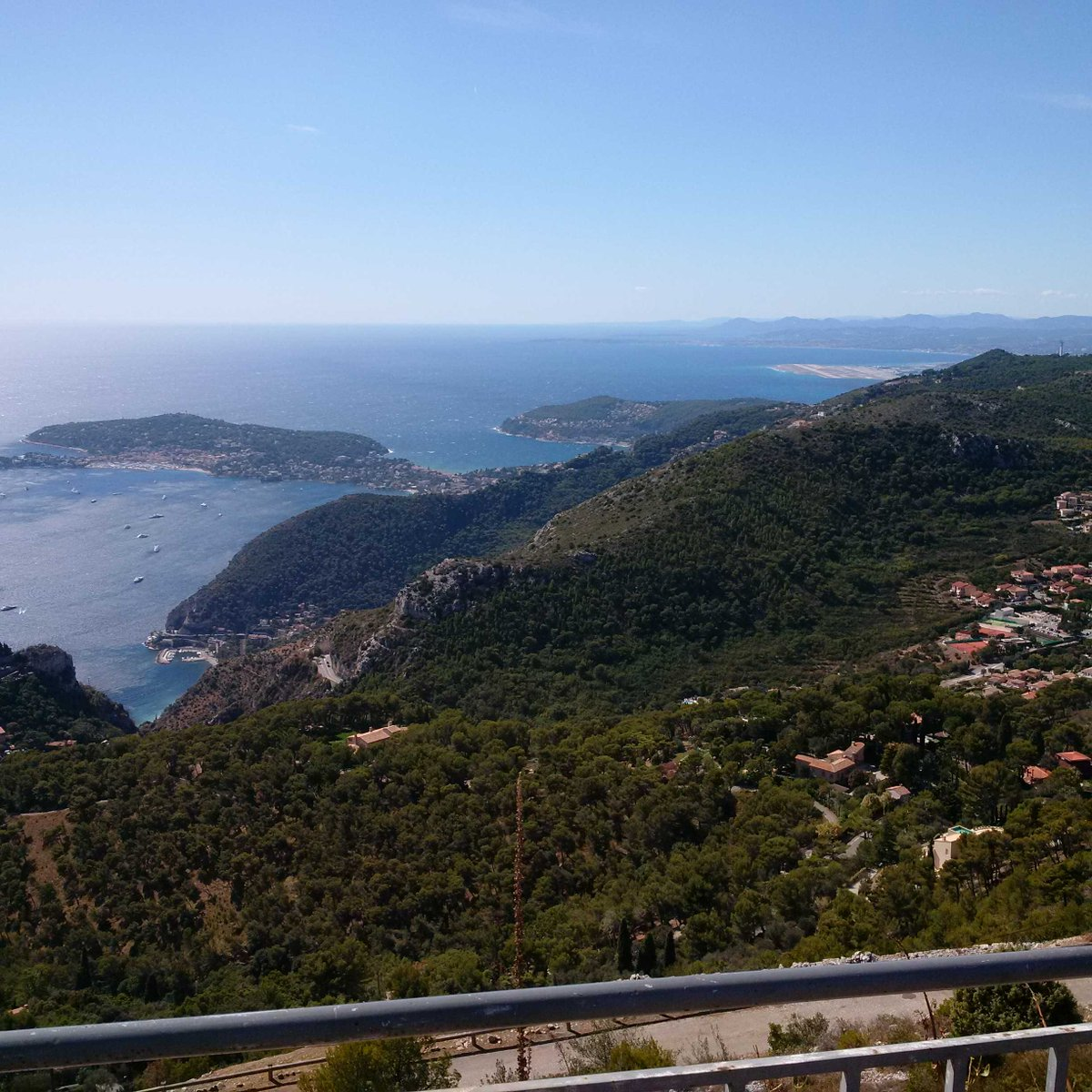 Great view from National Parc Grande Corniche of Cap Ferrat and #CotedAzurNow #CotedAzurFrance #FrenchMerveilles <br>http://pic.twitter.com/ZaJW7tclNg