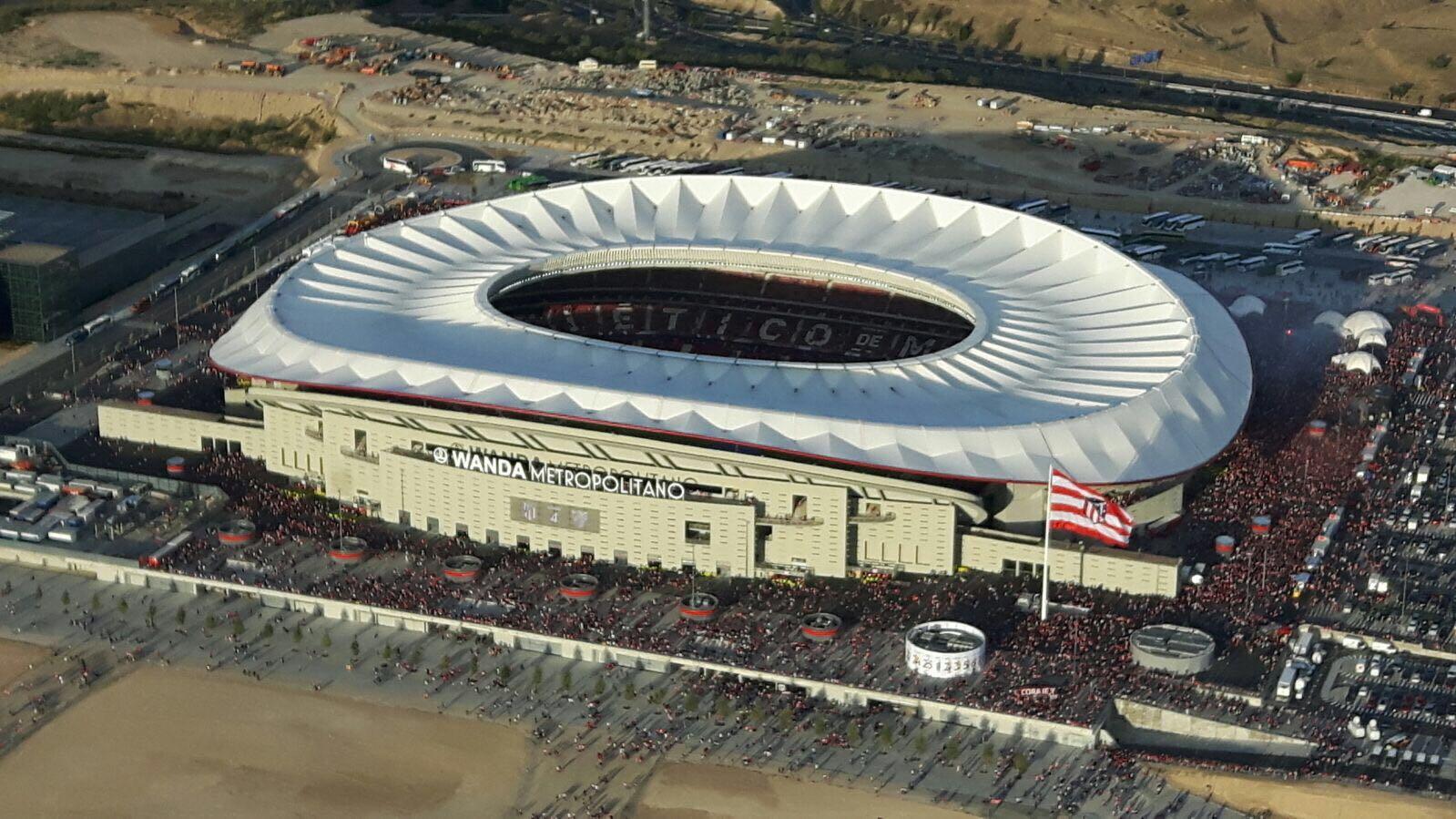 стадион ванда метрополитано фото решили