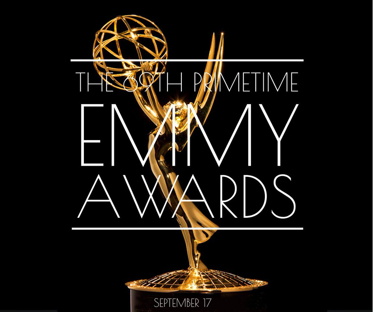 Who do u think is winning tonight??  #Emmys  #Emmys2017  #Emmy  #EmmyAwards #EmmyAwards2017 #EmmyAward #emmyarts #sunday <br>http://pic.twitter.com/SgzlWSQ5jh