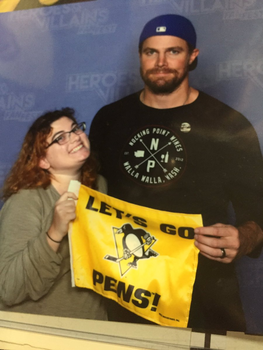 Safe bet but I think @StephenAmell is not a @penguins fan! #hisloss #Champs! <br>http://pic.twitter.com/mXHRBA6Yzb