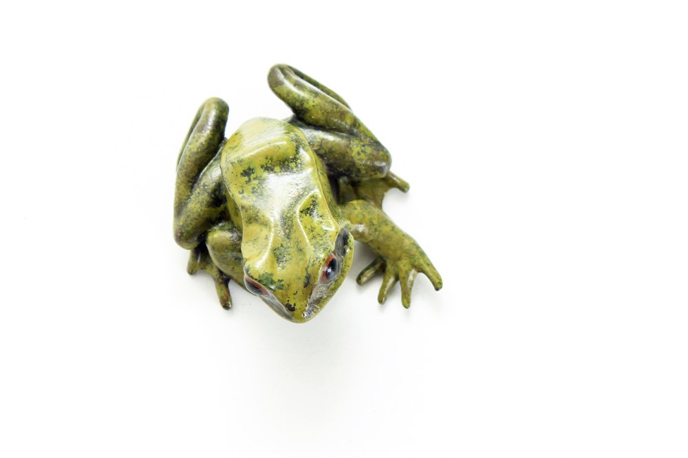 Latest bronze #frog ready for @handmadebritain #handmadeatkew @kewgardens October 12 - 15. Busy busy busy in the workshop!<br>http://pic.twitter.com/78QDEGZpEB