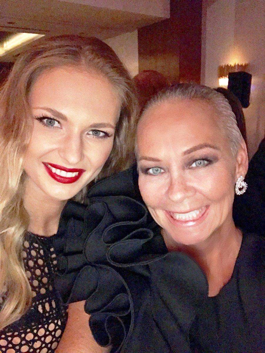 Twitter Karolina Szymczak nude photos 2019