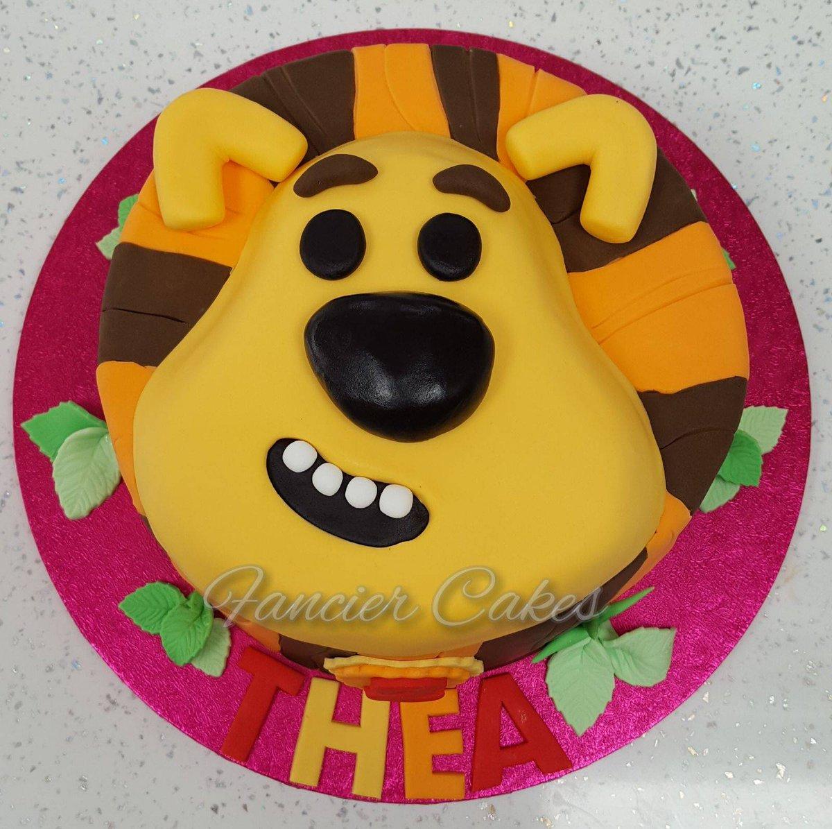 Fancier Cakes On Twitter Raa Raa The Noisy Lion So Cute Cake