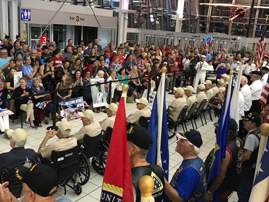 Veterans who fought for our freedom, honored upon return from D.C. https://t.co/D7eHeUTVQW