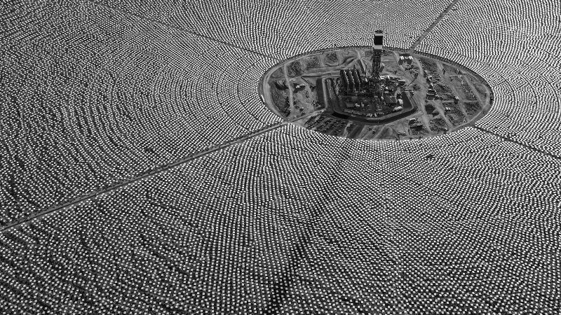 As Trump tweets, Dubai is launching the world's largest Concentrated #Solar Power project  https:// buff.ly/2x4TjWb  &nbsp;    #renewables #go100re<br>http://pic.twitter.com/WHdf72eZ8F