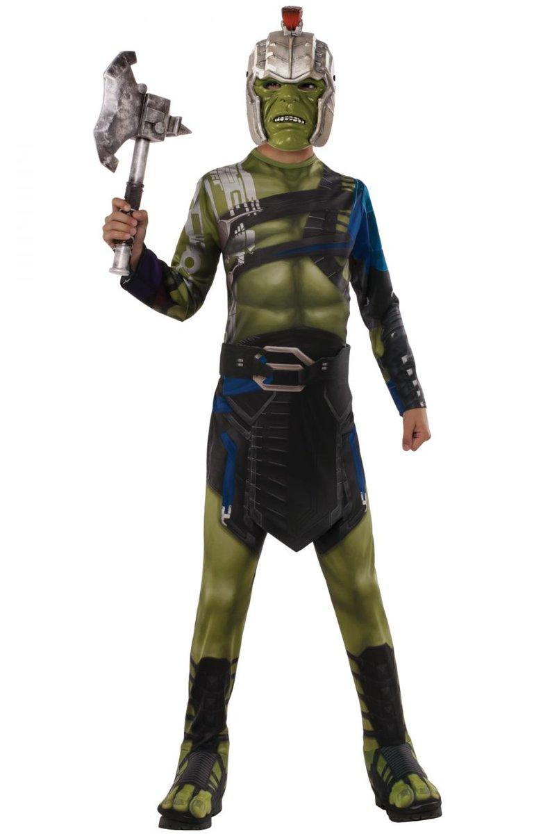 #ThorRagnarok #Halloween costumes @TaikaWaititi #Thor #Hulk #Loki #Hela<br>http://pic.twitter.com/5mshUV7uYV
