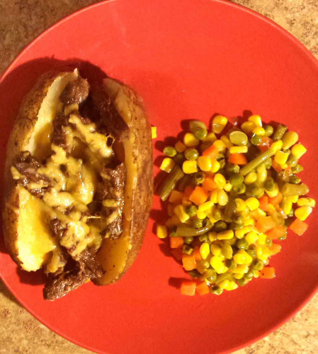#Vegetarian #steak strips from @MorningStrFarms, #potatoes and mixed #vegetables. #Dinner ideas @Contrabandenter.<br>http://pic.twitter.com/rkhyCmCQQy