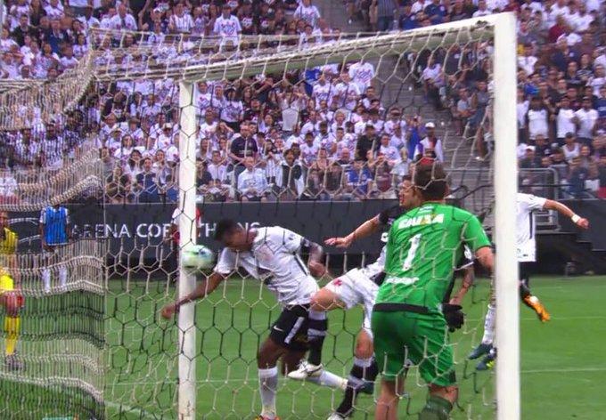 """Pior do mundo, Íbis vence após dois anos e zoa Corinthians: """"Sem precisar de ajuda"""""""