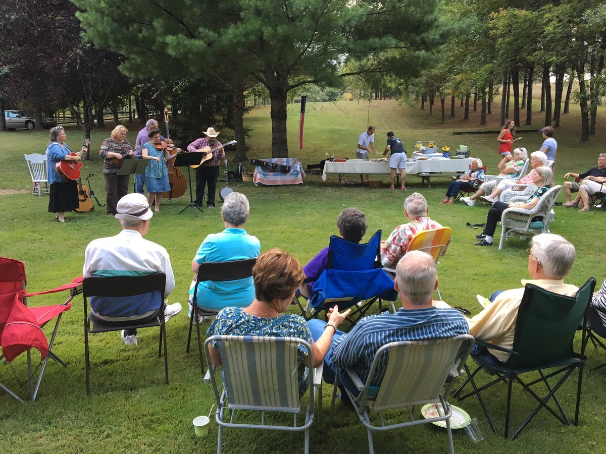 Bluegrass music, desserts and great people! #socc My Sunday School group...Living Stones! <br>http://pic.twitter.com/bYKkdN7tPW