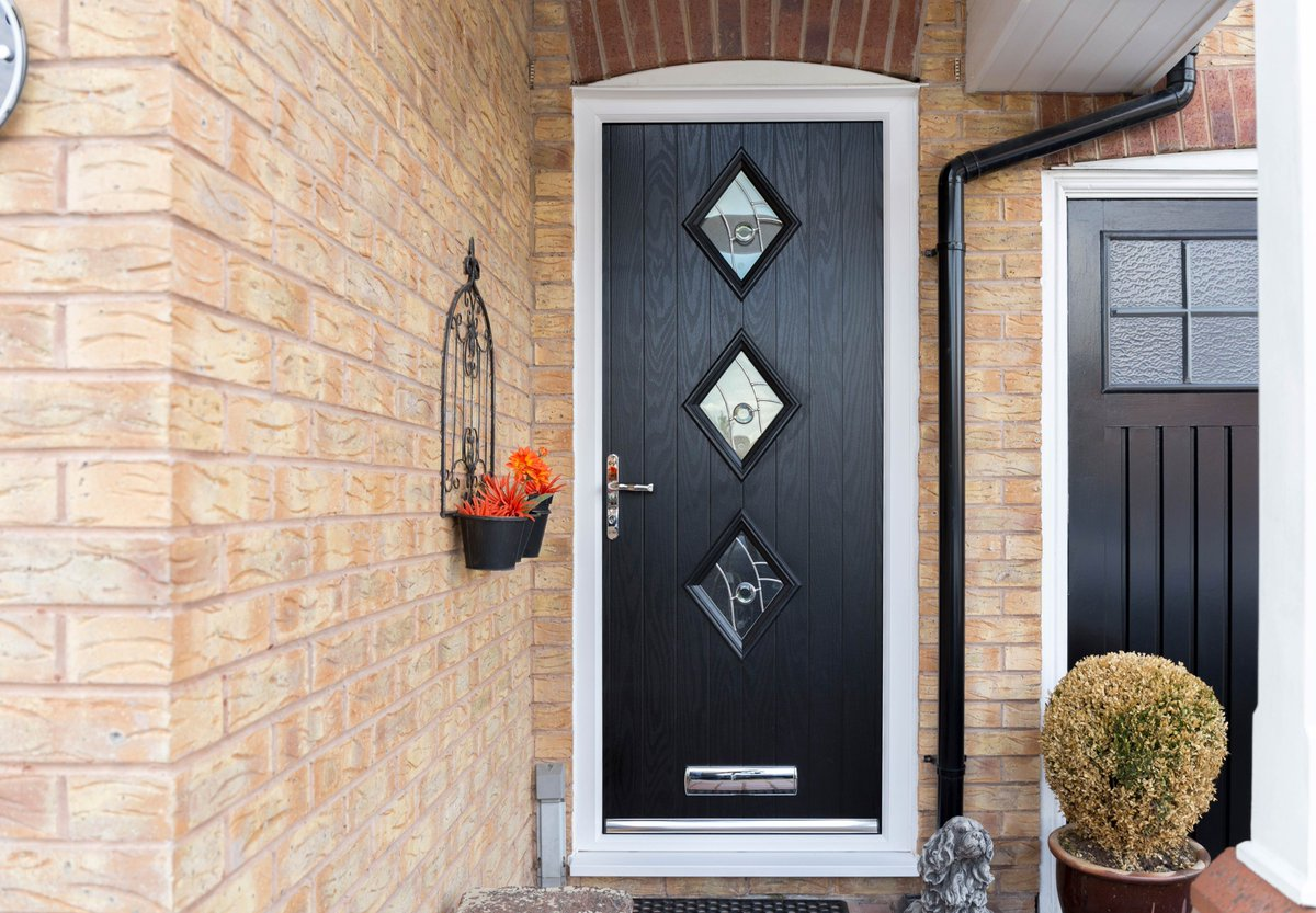 Safestyle UK on Twitter  Let your home stand out with a bold and modern front door! Find out more about our range of composite doors at ... & Safestyle UK on Twitter: