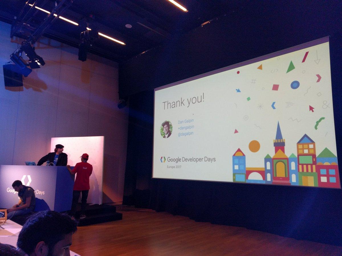 Nice #codelab by amazing @dagalpin at #GDDEurope<br>http://pic.twitter.com/LrXxAFRvJi