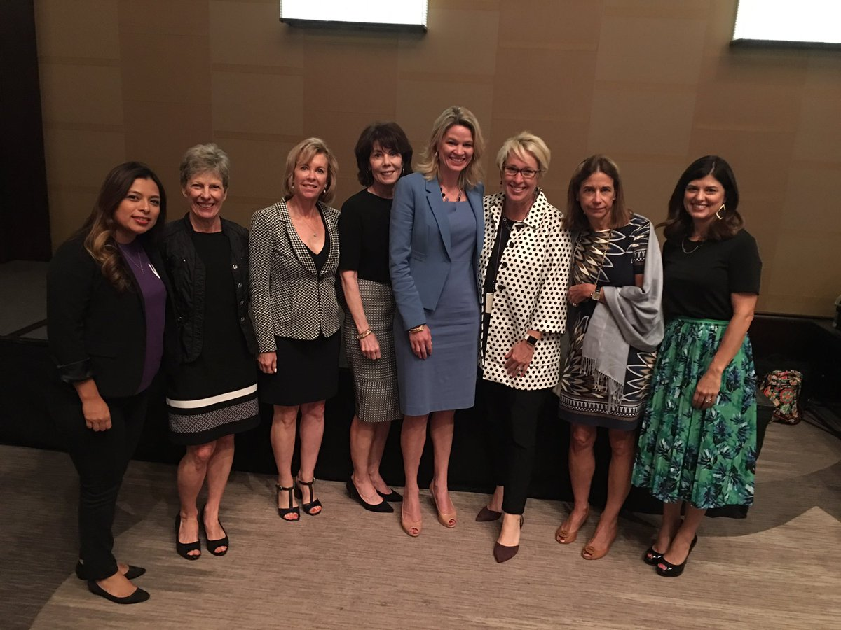 test Twitter Media - Celebrating Ruth Sharp Altshuler Tocqueville Society's 30th anniversary! @UnitedWayDallas #WingsDallas #womenrise #LiftWomenUp https://t.co/JopMtvDJqE