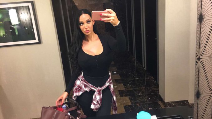 Hi Guys, I have extended my stay in NYC till Sep 10, so catch me if you can -> amyanderssen@hotmail.com